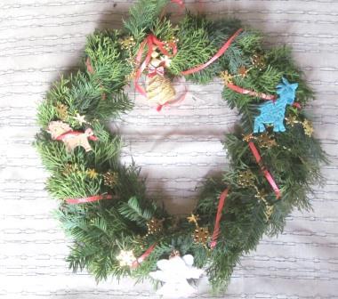 рождественский венок из туи