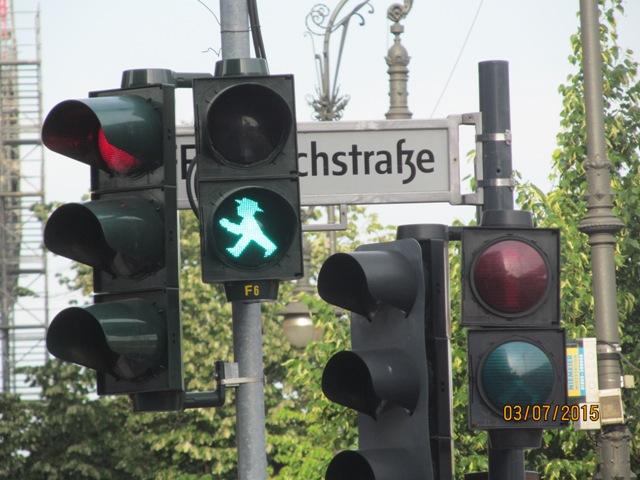 Берлинский светофорный человечек
