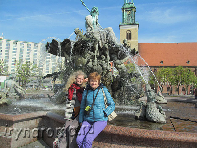 Фонтан Нептун в Берлине